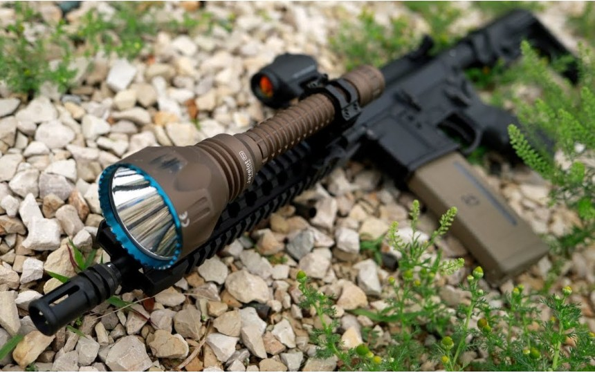 Olight Javelot Pro (Coyote Tan) (CREE XH-P 35 HI, 2100лм, 1080м, 18650) нейтральный свет